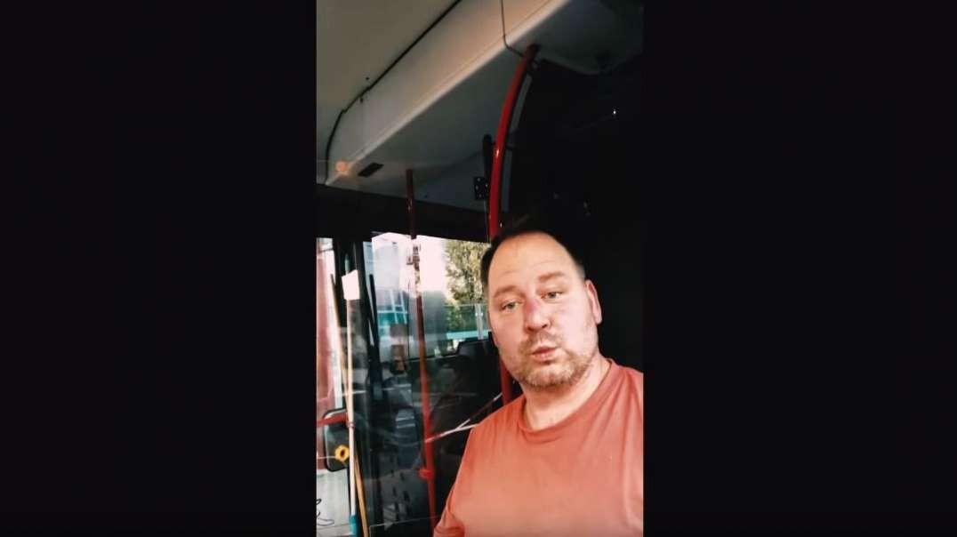Masken-Befreiungsaktion im Linienbus