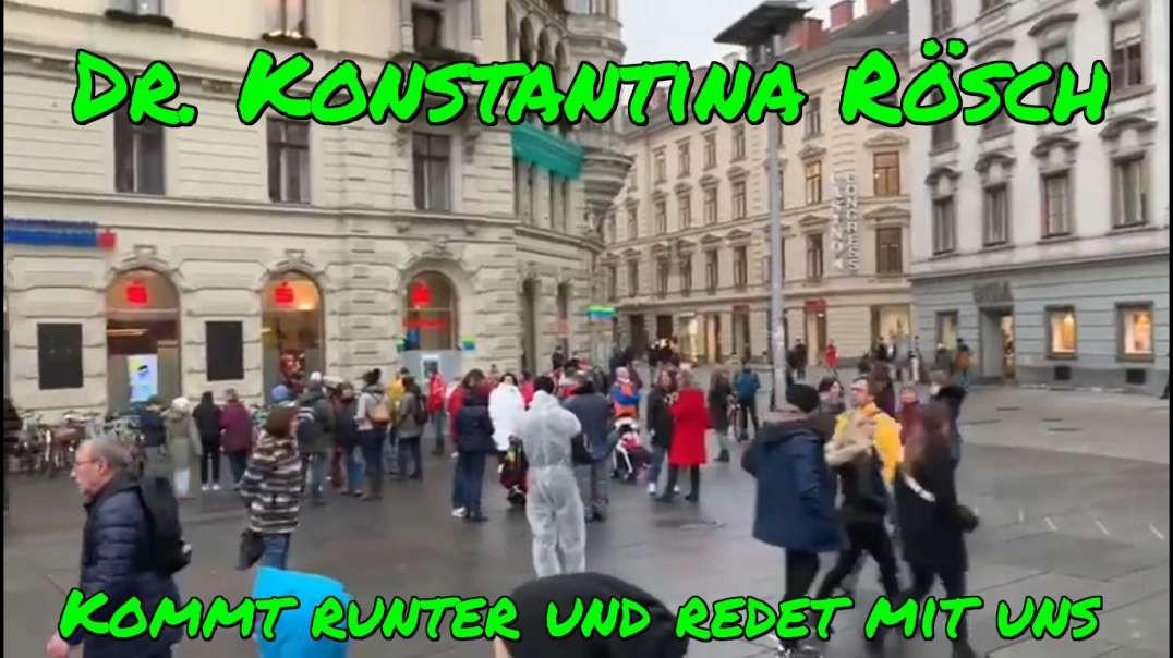 """Dr. KONSTANTINA RÖSCH am Grazer Hauptplatz - """"Kommt runter und redet mit uns!"""""""
