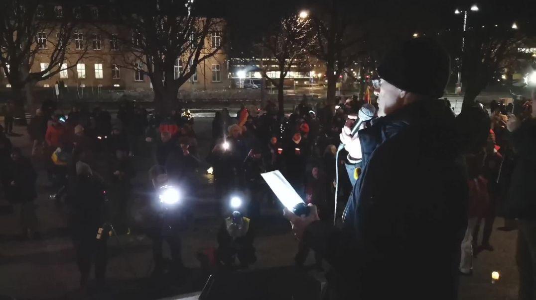 Ihr seit nur der Kollateralschaden - Demo Karlsplatz Stuttgart 31.12.20