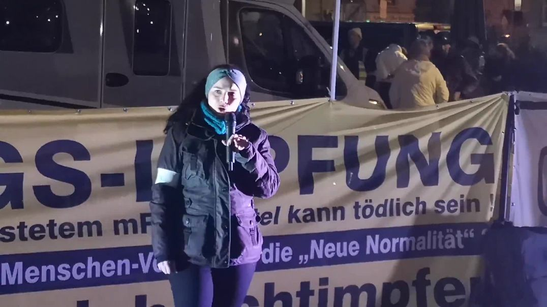 Ersetze Angst durch Mut! Rede von Julia 1. Silvester #Demo #Stuttgart 31.12.20