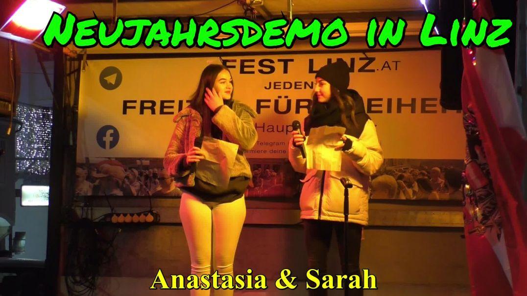 ALLES KANN BESSER WERDEN. NEUJAHRSDEMO LINZ: Anastasia & Sarah singen das Lied v. Xavier Naidoo