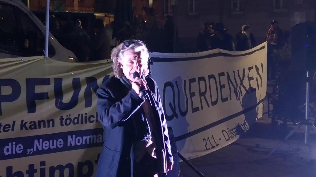 Weigert Euch Feinde zu sein - Stuttgart - Demo Wilhelmsplatz 31.12.20