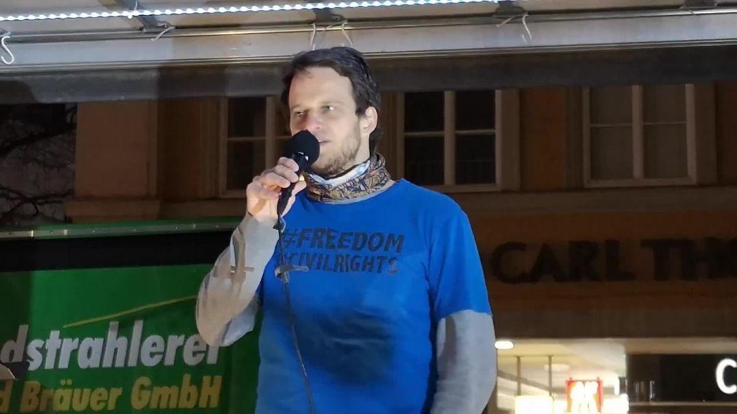 Markus Haintz - Die rote Linie ist überschritten Demo München Marienplatz 28.02.21