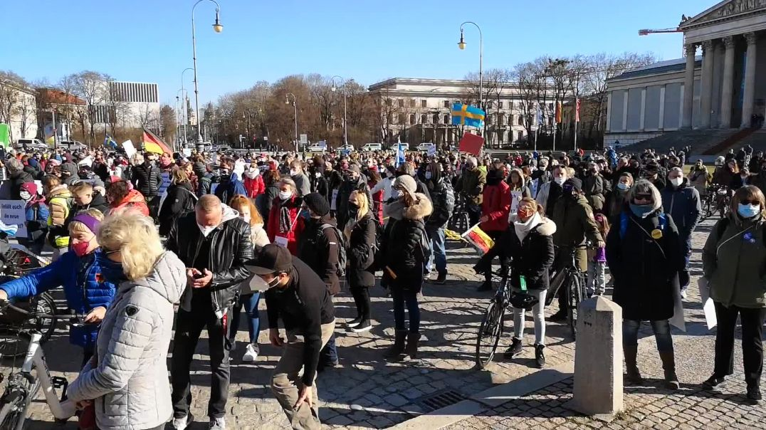 Umzug 150 Menschen von 1,4 Millionen erlaubt München 28.02.21 & Redeausschnitte M. Haintz
