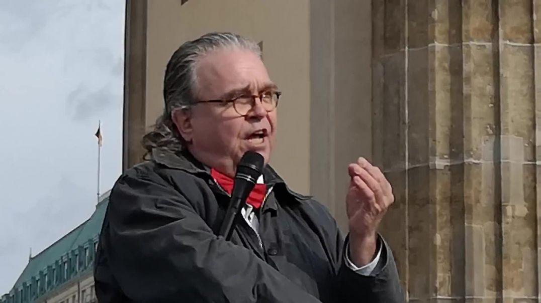 Rede Dr. Heinrich Fiechtner Demo Berlin Brandenburger Tor 05.04.21