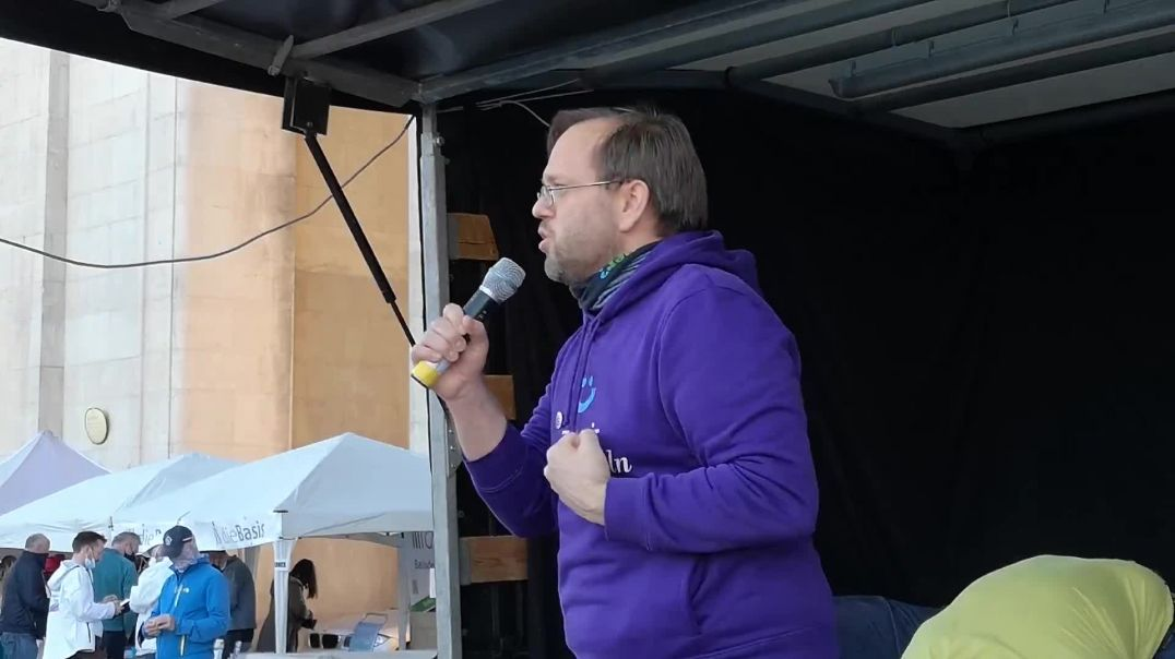 Rede von Mike - Geht neue Wege Demo München Königsplatz 11.04.21
