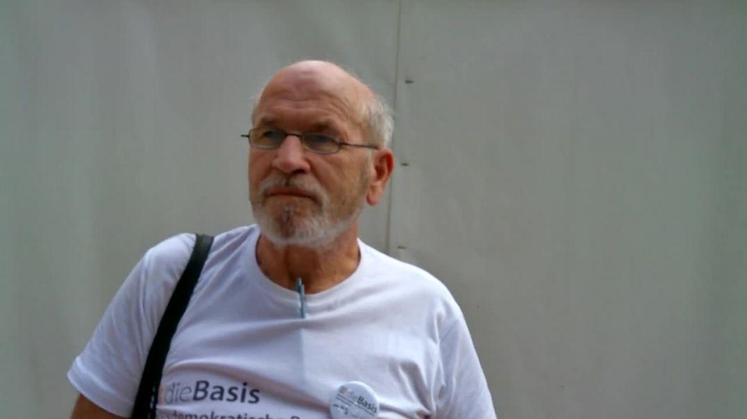 Joahnn Biacsics erklärt was die Basis Partei erreichen möchte 18.9.21 Graz